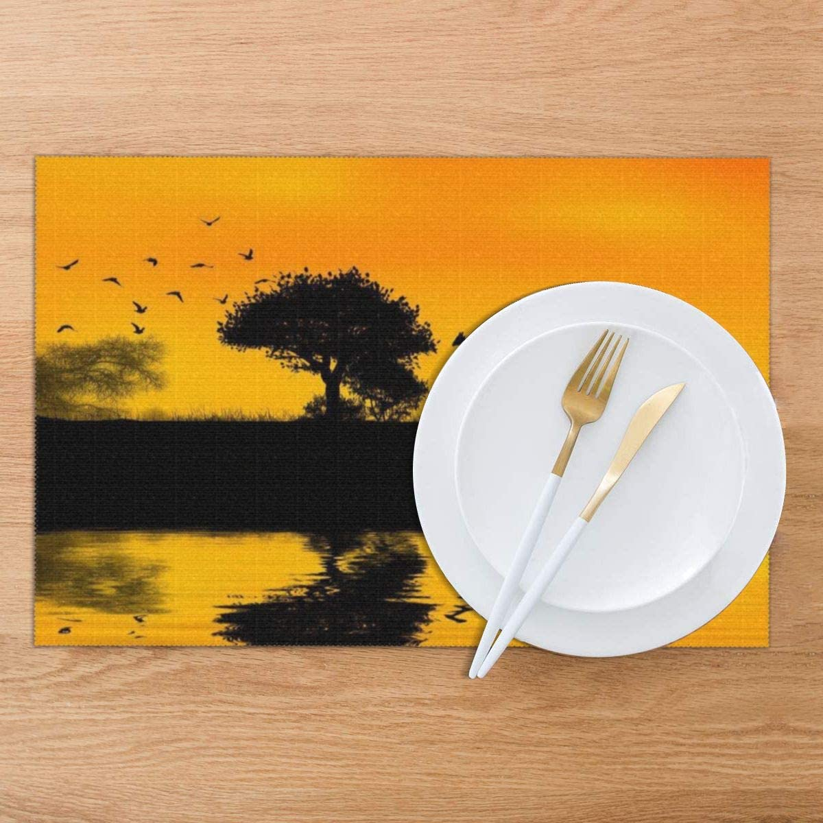 Amazon Com Gao808yuniqi Giraffe By The Lake 3d Printed Tableware Mat Placemats Set Of 6 18 X 12 Snack Placemats Beverage Placemats Party Placemats For Dining Table Kitchen Drink Placemat Home Kitchen