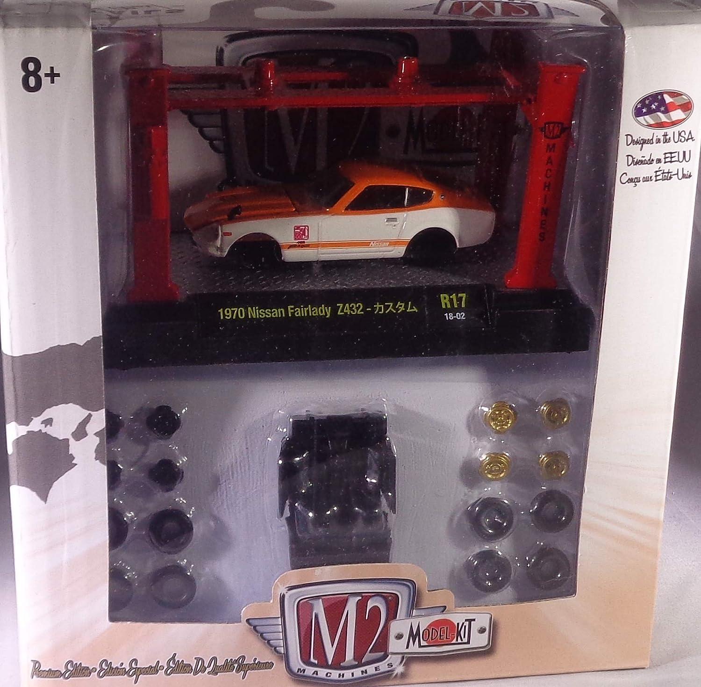 Amazon.com: M2 Machines New 1:64 Model Kits Release 17 - 1970 Nissan ...