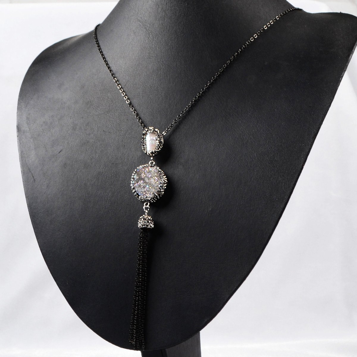 JAB Round Natural Agate Titanium AB Druzy /& Natural Pearl Tassel Necklace Paved Zircon Black Chain