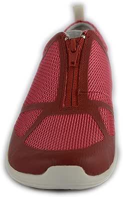 ميريل حذاء رياضي للنساء