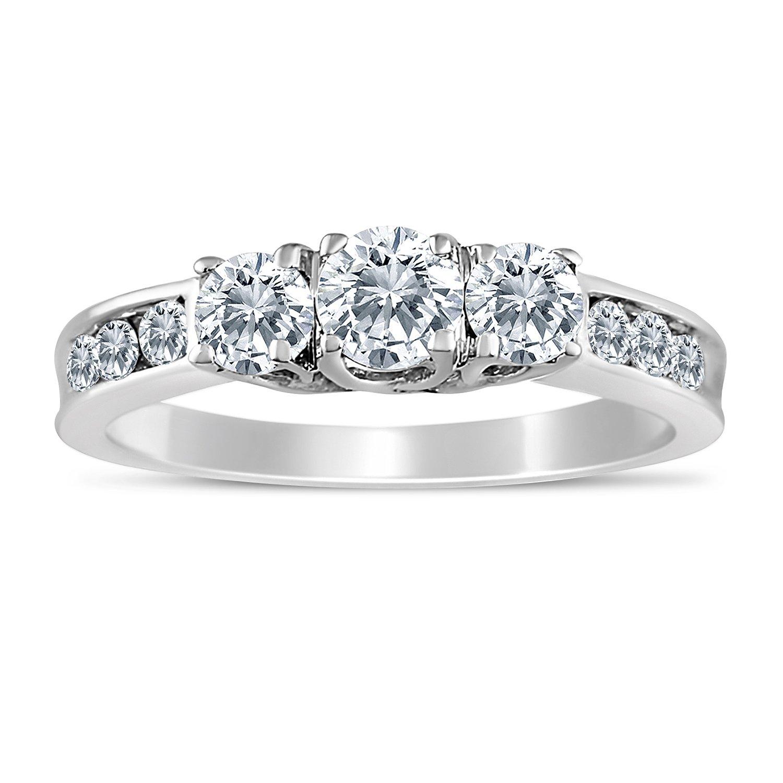 1 00ctw diamond three stone ring in 10k white gold