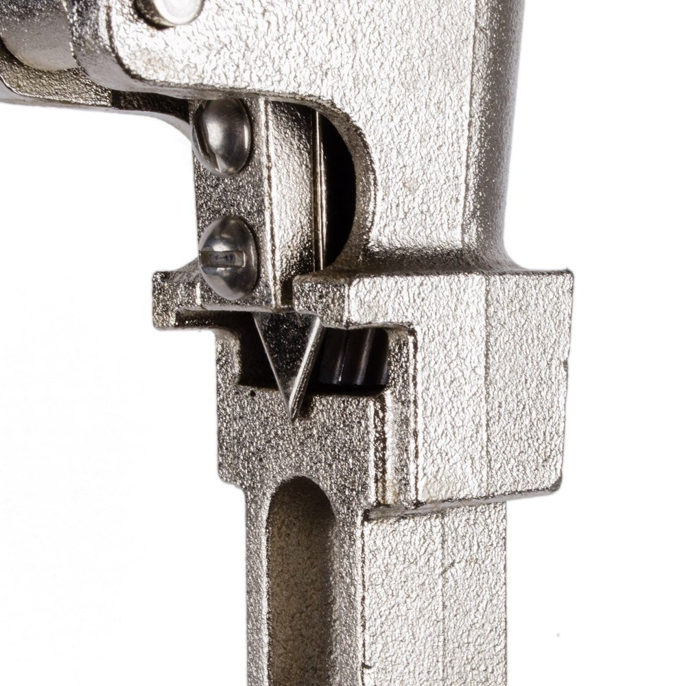 """Edlund 11100 Old Reliable #1 Manual Can Opener with Plated Steel Base For Cans Up to 11/"""" Tall"""