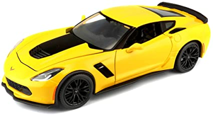 Amazon Com Maisto 1 24 2015 Corvette Zo6 Diecast Vehicle Colors