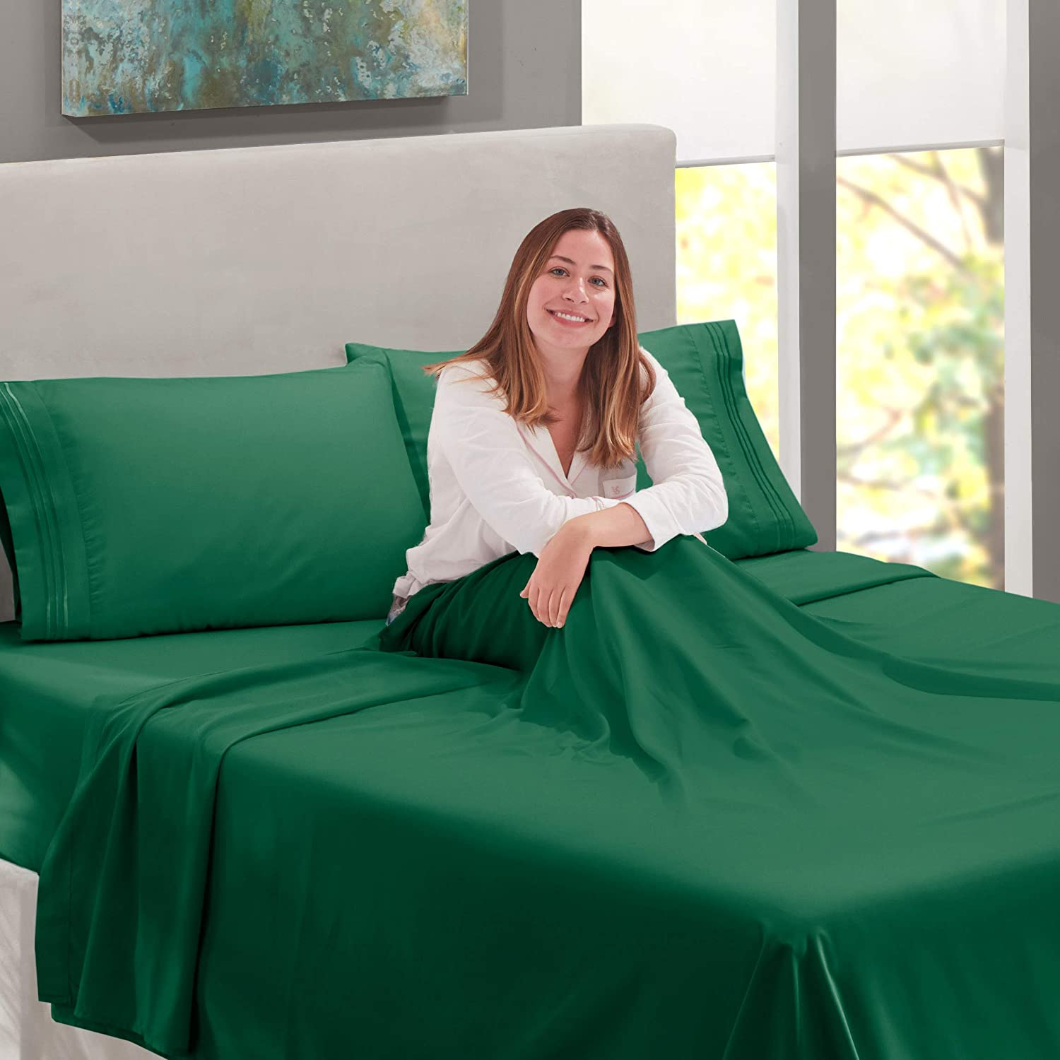 Nestl Luxury Queen Sheet Set 4 Piece Extra Soft 1800 Microfiber-Deep Pocket Bed Sheets with Fitted Sheet Hotel Grade Comfort and Softness 2 Pillow Cases-Breathable Hunter Green Flat Sheet