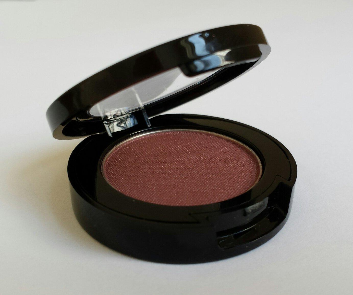 Jolie Mineral Eye Shadow – Hypoallergenic – Sugared Beet