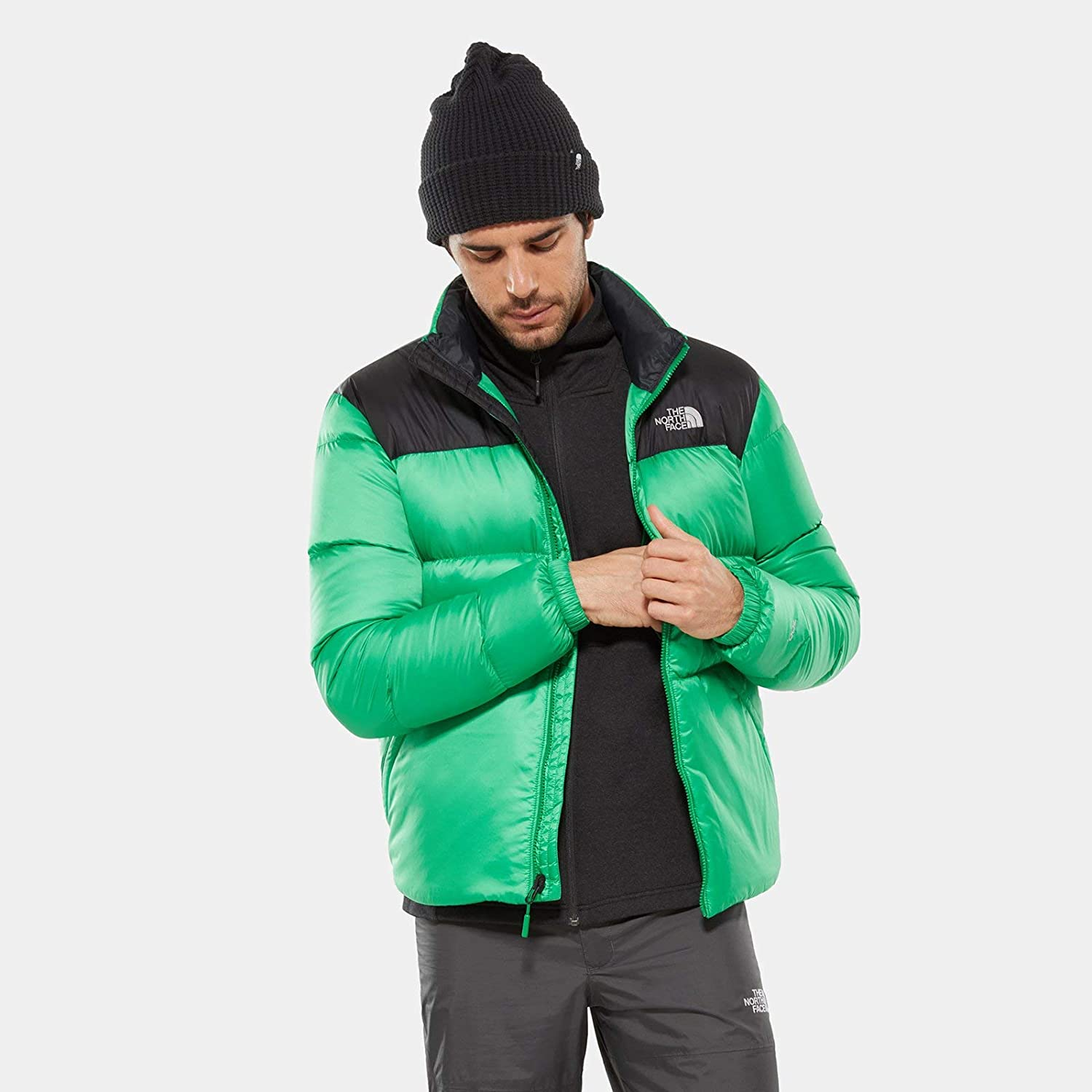 THE NORTH FACE Men s Nuptse Iii Jacket  Amazon.co.uk  Sports   Outdoors 02b5880a4