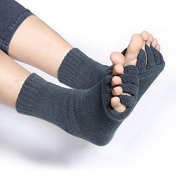 Gel Comfortable Bunion Aligning Toe Socks Yoga Massage ...