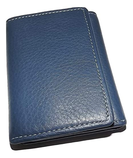 90d5624d077a Amazon.com: Roundtree & Yorke Men's Leather RFID Shield Trifold ID ...
