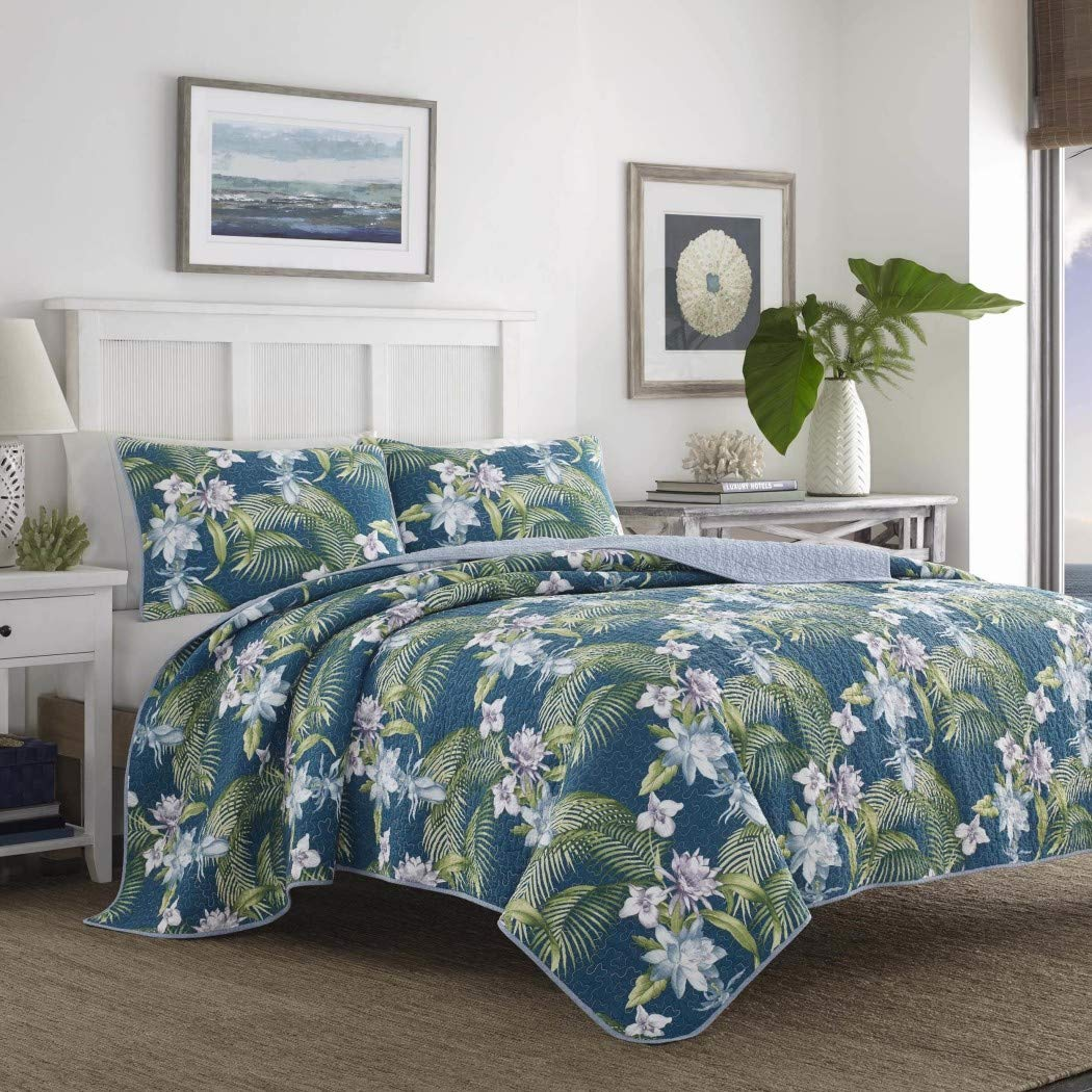 3 Piece Swaying Palm Fronds Quilt Full Queen Set, Elegant Coastal Nature Pattern, Gorgeous Palm Trees and Exotic Flower Print, Asian Country Style, Reversible Bedding, Elegance Blue Green Purple Plum