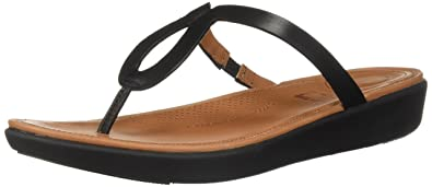 f9be64f6ebfc Amazon.com  FitFlop Women s Strata Toe-Thong Sandals-Leather Flip ...