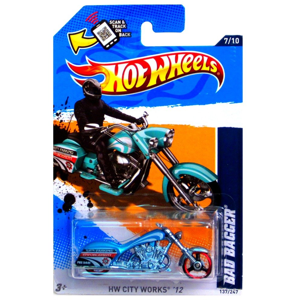 Hot Wheels 2012 HW City Works Bad Bagger Motorcycle Bike Blue Green Teal