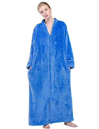 BELLOO Ladies Soft Fleece Dressing Gown Full Length Fluffy Bathrobe Zip Up   Amazon.co.uk  Clothing a7d781e71