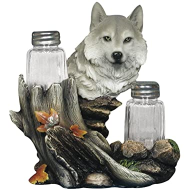 Wolf Salt & Pepper Shaker Set Hallowed Tree Trunk Forest Scene Resin Figure