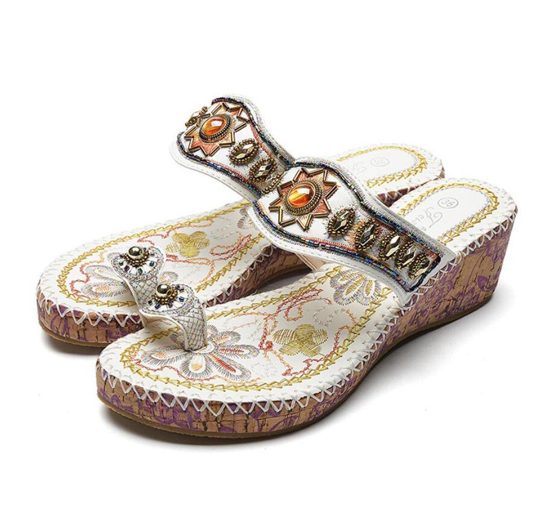 GDXH Sommer Flip Flops Frau Strass Bestickt Perlen Sandalen Mode Strand Keilabsatz ethnischen Stil Schuhe Sandalen und Hausschuhe (schwarz weiß) Mode Hausschuhe
