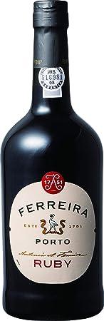 Porto Ferreira Ruby es un puerto vino de color rojo profundo y bien definidos con aromas que recuerd