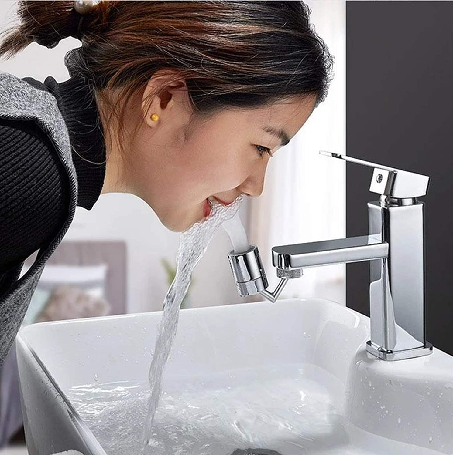 Universal Splash Filter Faucet 720/° Rotatable Faucet Sprayer Head 4-Layer Net Filter Leakproof Design with Double O-Ring Movable Tap Kitchen Faucet Head Anti-Splash