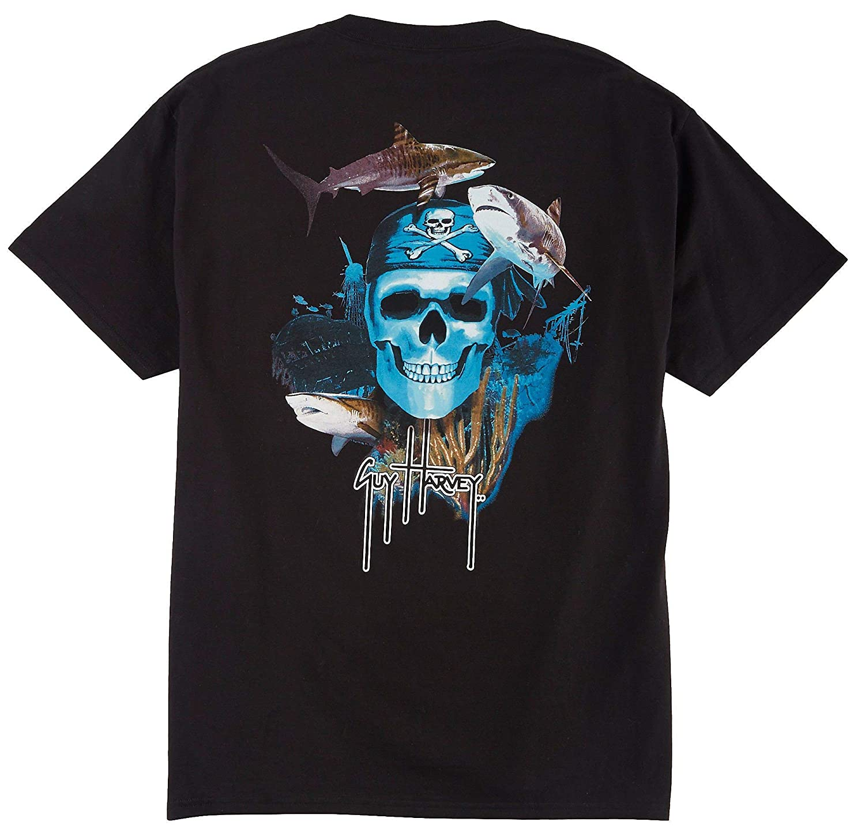 490c6998 Amazon.com: Guy Harvey Pirate Reef T-Shirt: Sports & Outdoors
