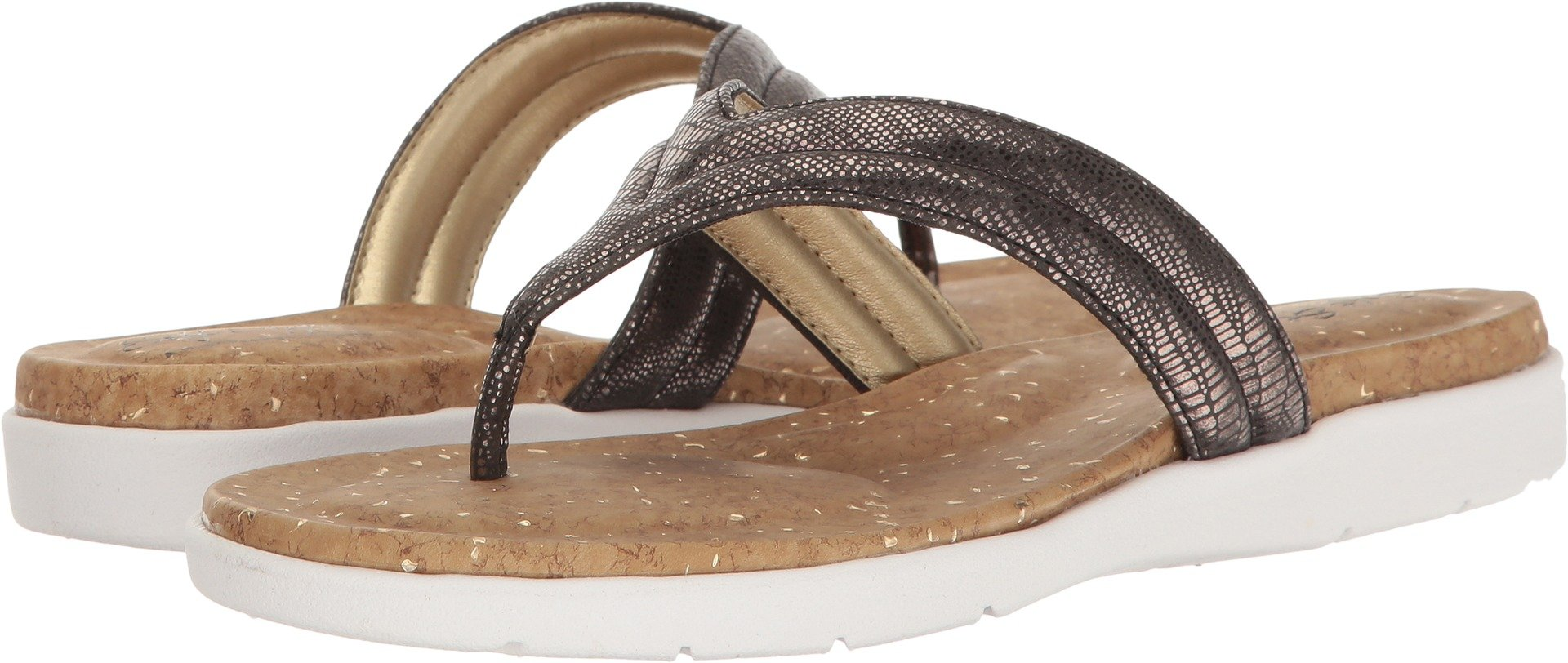 Soft Style by Hush Puppies Women's Lizzy Flat Sandal, Black Haku, 6 M US