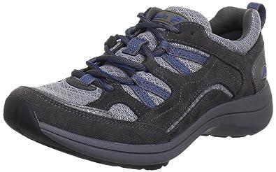 clarks womens walking shoes uk