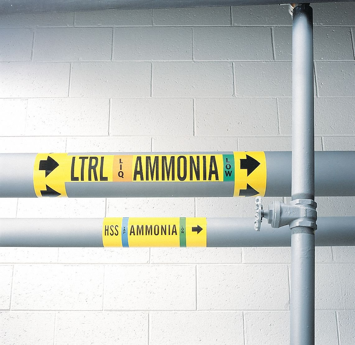 """Ammonia Vapor Pipe Marker, Fits Pipe O.D. 1-1/2""""2-3/8'', Low Pressure Level, LTS, 1 EA"""