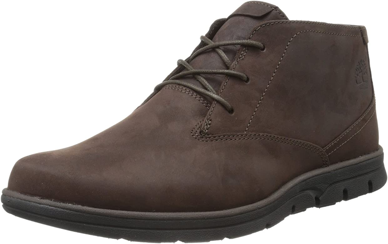 312e028626f Men's Bradstreet Plain-Toe Chukka Boot