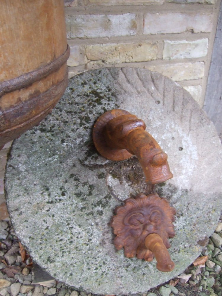 antikas–Gargouille, fontaine Bec, Fabel poisson F. Fontaine murale, bec antikas-Gargouille