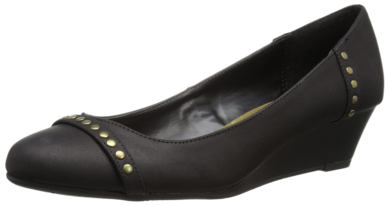Chaps Women's Cacey Slip-on Loafer