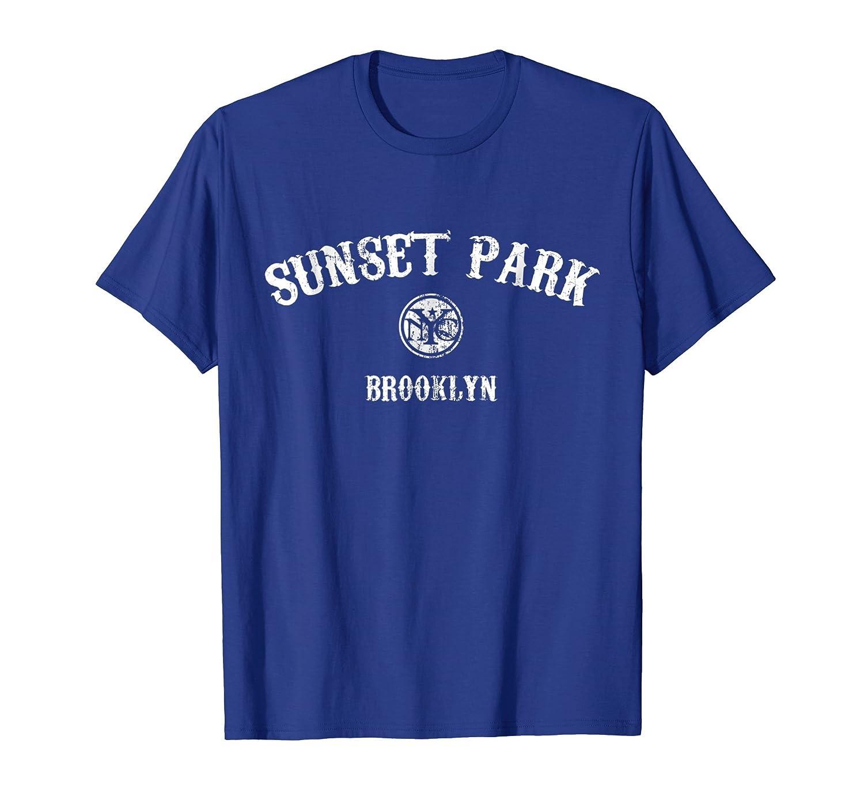 1887f5e70 Amazon.com: Sunset Park Brooklyn New York t-shirt: Clothing