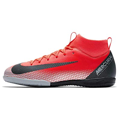 8d8983cc6a8 Nike Youth CR7 Jr. SuperflyX 6 Academy Indoor Shoes (1 Little Kid US)