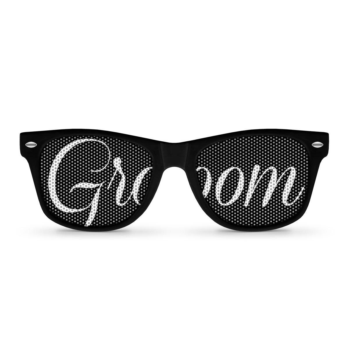 8d9aaa31a2 Best Rated in Women s Novelty Sunglasses   Eyewear   Helpful ...