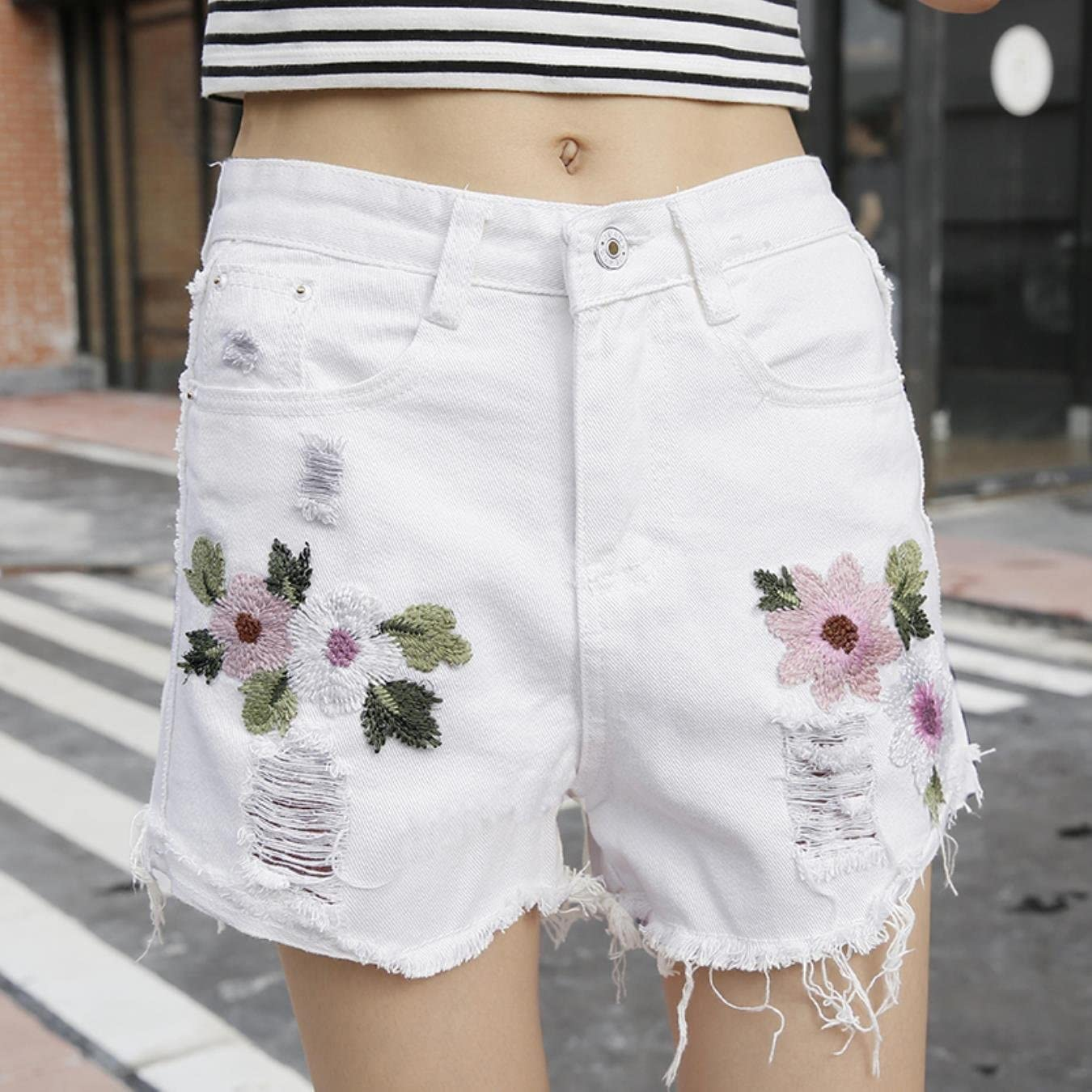 HELLBENG Women Daisy Floral Embroidery Hollow Out Vintage Washed Tassel Jeans Denim Shorts