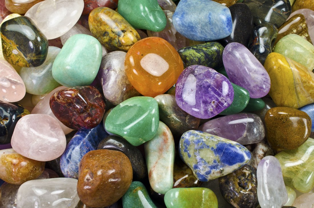 Hypnotic Gems Materials: 1 lb Extra Small Brazilian Tumbled Polished Natural Stones Assorted Mix - Gemstone Supplies for Wicca, Reiki, and Energy Crystal HealingWholesale Lot