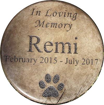"""Personalized Engraved Pet Memorial Step Stone 7.5"""" Diameter 'in Loving Memory"""