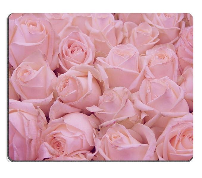 Mousepads rosa rosas en una boda centro de mesa Imagen ID 28512877 ...