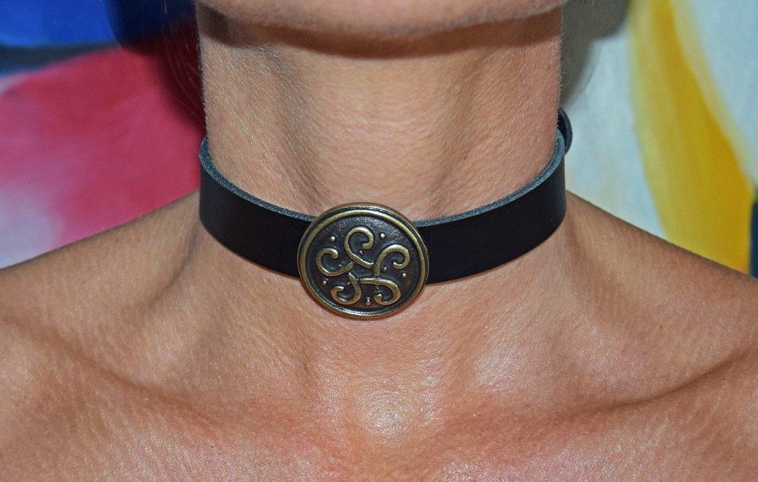 Premium Gótico Collar celta Medieval piel de búfalo negro nuevo