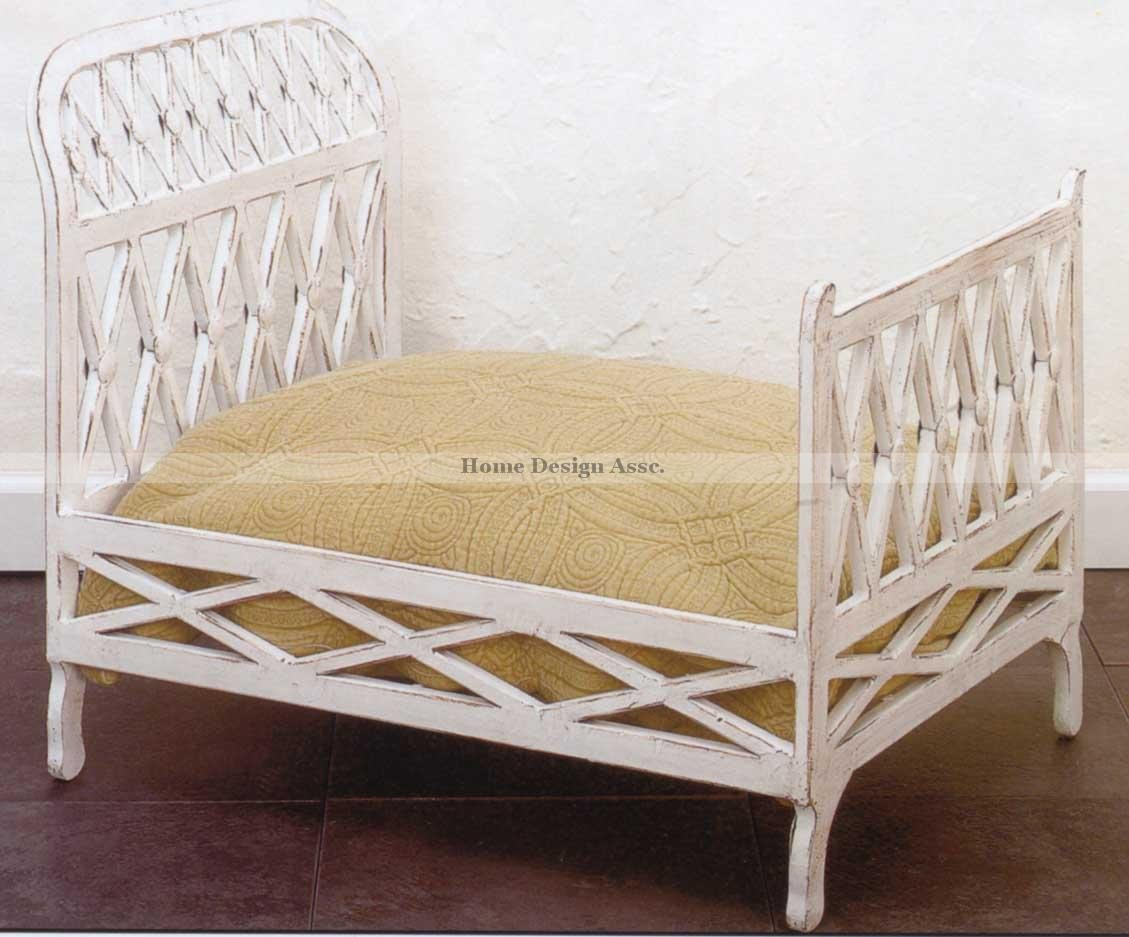 Posh Antique Style White IRON Dog Pet Cat Bed Tole Victorian Ornate Lattice Luxe by Intelligent Design