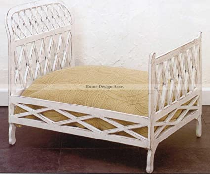 Posh Large 26quot Antique Style White IRON Doll Bed Tole Victorian Ornate Lattice