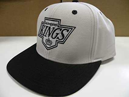 a8c34deb61480 Image Unavailable. Image not available for. Color  NHL LA Kings Gray 2 Tone Snapback  Cap Old School Retro