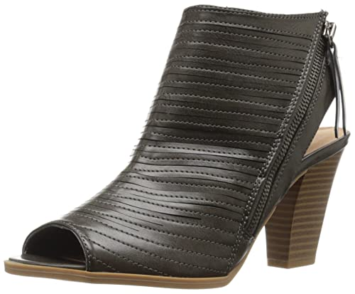 CL by Chinese Laundry Women's Runway Dress Sandal, Charcoal Burnished, ...