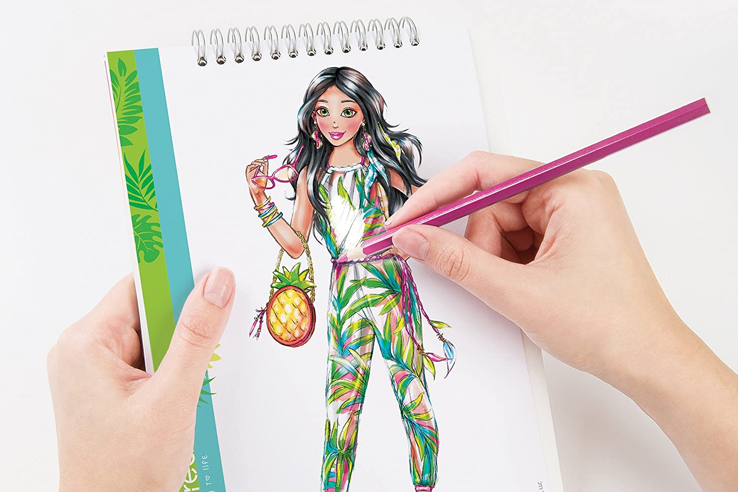 Make It Real 3201 Fashion Design Sketchbook Graphic Jungle Coloring Book for Girls 3202
