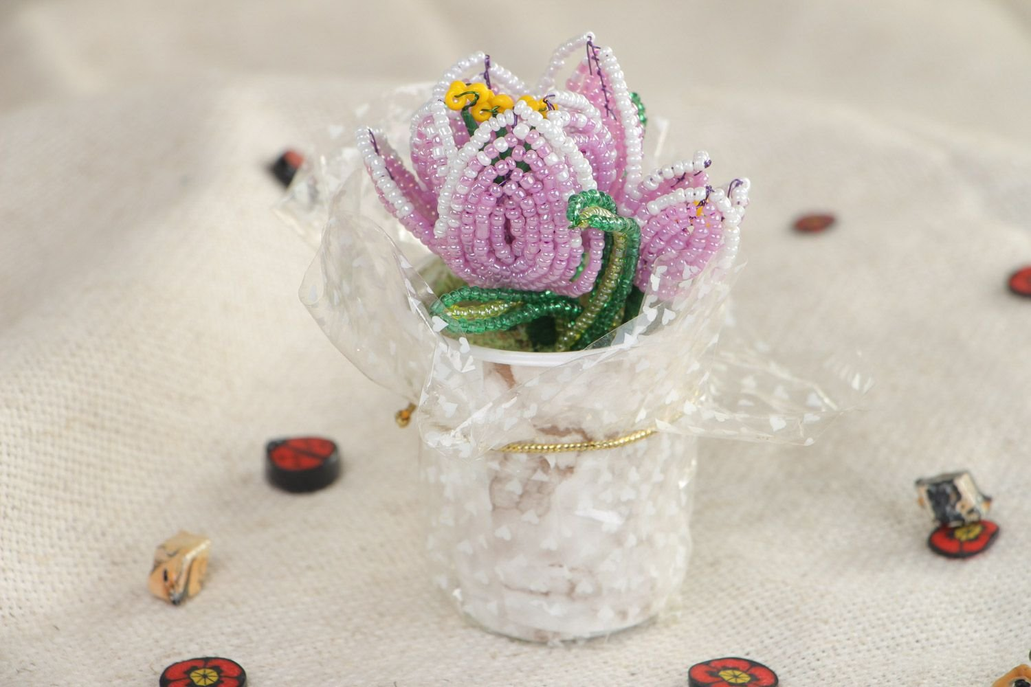 Beautiful-Artificial-Flowers-Hand-Woven-Of-Chinese-Beads-In-The-Shape-Of-Violet-Crocuses