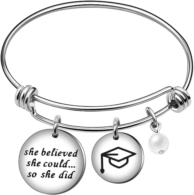 AGR8T Pulsera de la mejor amiga joyería para mujeres y niñas, copa de graduación She Believed She Could So She Did