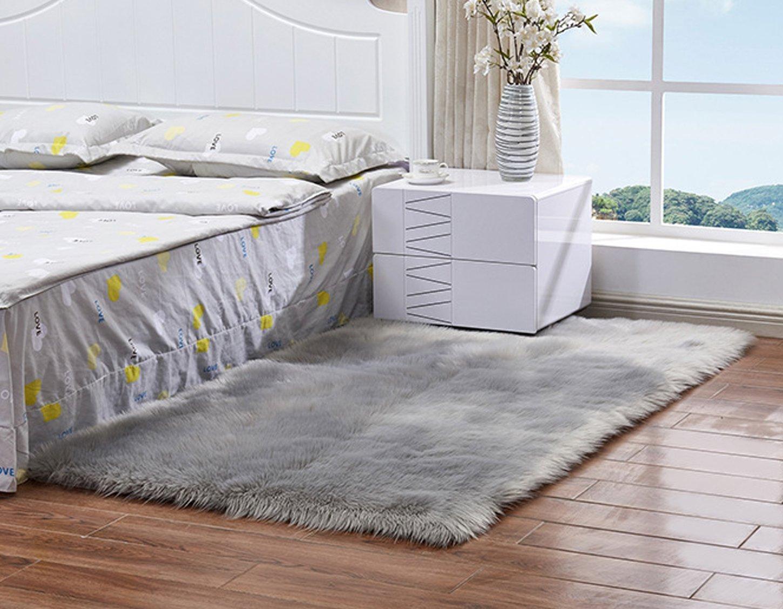 FOLWEP Faux Sheepskin Area Rug Fluffy Carpet Rug Home Decorative, 2×3 Feet,Grey