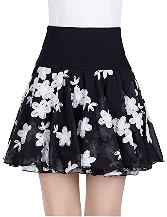 50d66a952 Yeokou Women's Flower Embroidery Chiffon Pleated Mini Skater Skirt  (X-Small, Flower)
