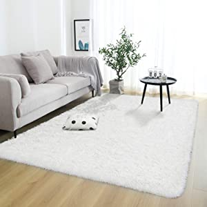 Rostyle Super Soft Fluffy Area Rugs for Bedroom Living Room Shaggy Floor Carpets Shag Christmas Rug for Girls Boys Furry Home Decorative Rugs, 4 ft x 6 ft, Cream White
