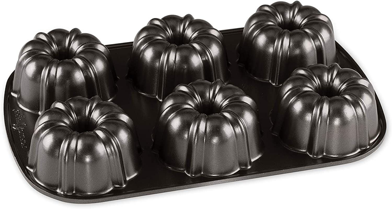 Nordic Ware Classic Bundtlette ProCast Cake Pan, Six 1-Cup Servings, Graphite