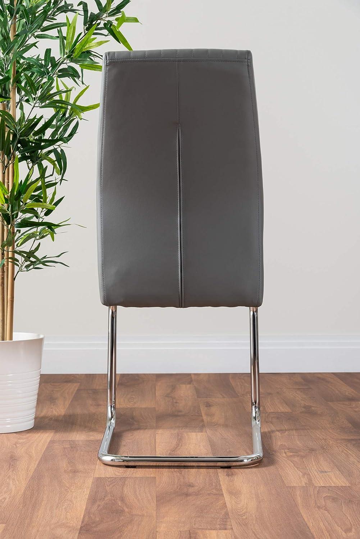 Furniturebox UK Giovani Black//White High Gloss Glass Dining Table Set and 4 Lorenzo Chairs Seats 4 Chairs