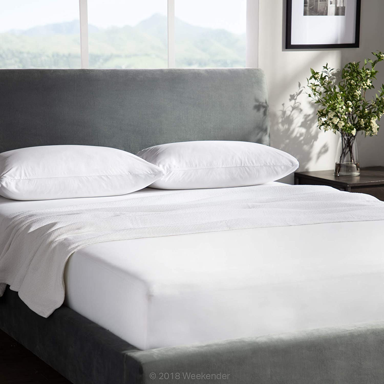 Amazon.com: Weekender Combo Pack Hypoallergenic Waterproof Mattress  Protector + 2 Pillow Protectors - Premium Bed Protection Set - California  King: Home & Kitchen
