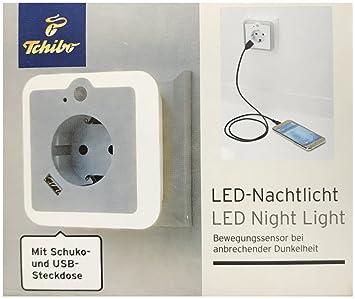 TCM Tchibo - Luz nocturna LED con sensor de movimiento enchufe y USB: Amazon.es: Bebé
