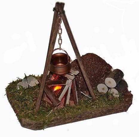 Feuerstelle Dreibein mit Beleuchtung Holzkorb f/ür Krippe Weihnachtskrippe Zubeh/ör Hackstock